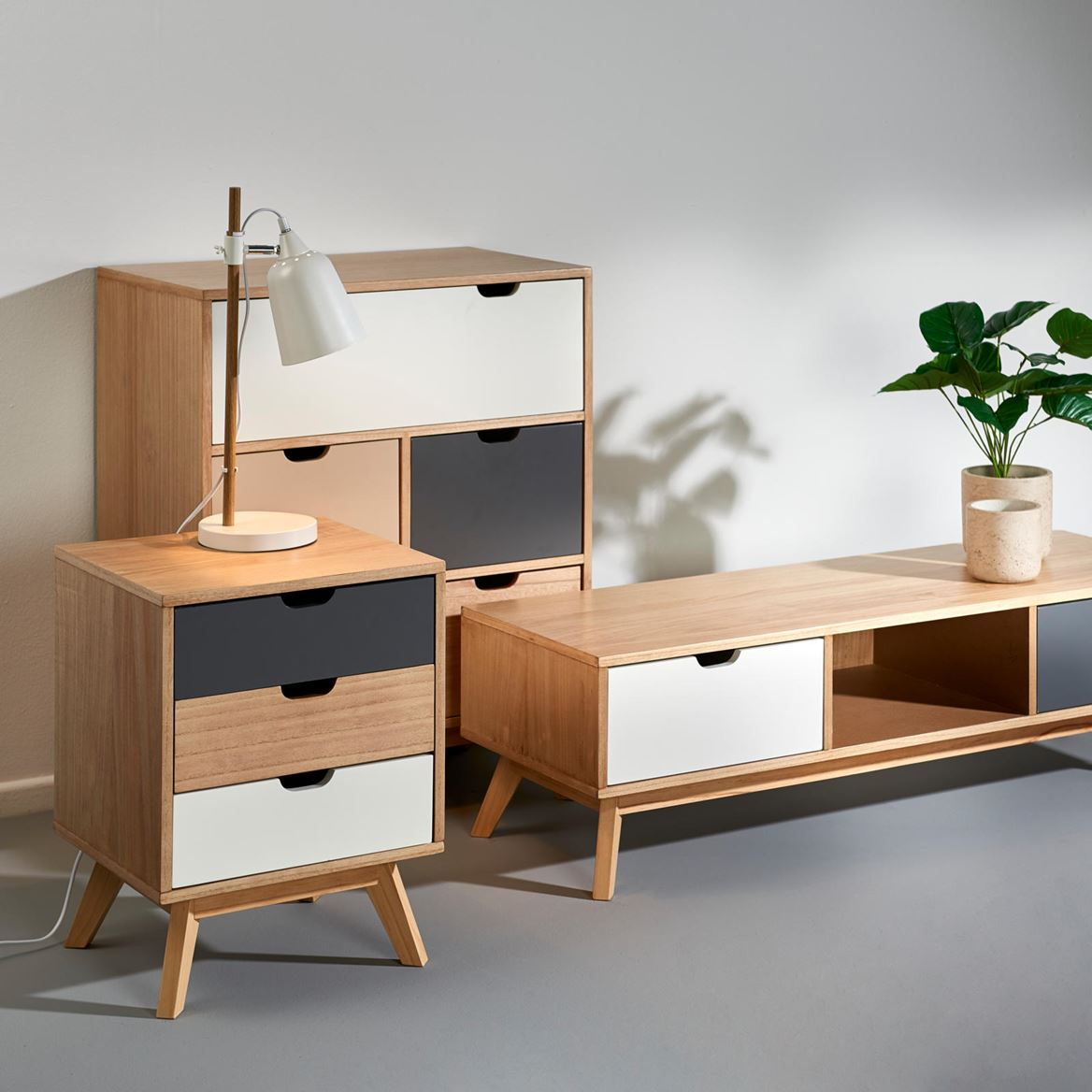 rouen meuble tv produits feelgood pour la maison et le jardin chez casa. Black Bedroom Furniture Sets. Home Design Ideas
