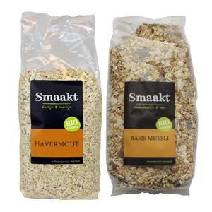 Smaakt biologische ontbijtgranen of zaden