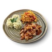 Culivers (3) roerbakstukjes in appel-abrikozensaus, spitskool-cashewnoten en aardappelpuree met tuinkruiden