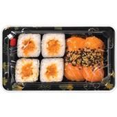 Beij Ching sushi set sake