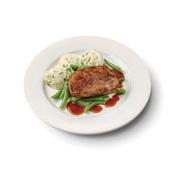 Culivers (45) varkenslapje met jus, sperziebonen en aardappelpuree met tuinkruiden