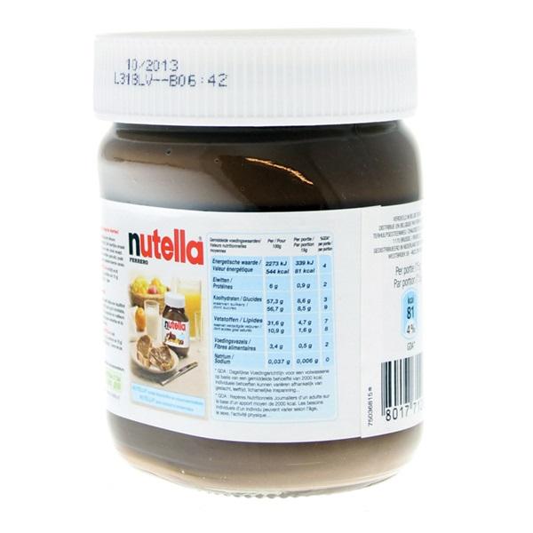 Nutella Pasta Hazelnoot achterkant