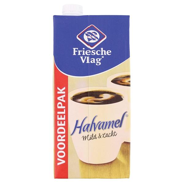 Friesche Vlag Halvamel Voordeelverpakking voorkant