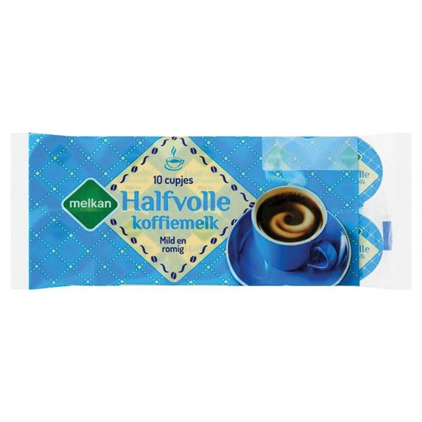 Melkan koffiemelk cups halfvol voorkant