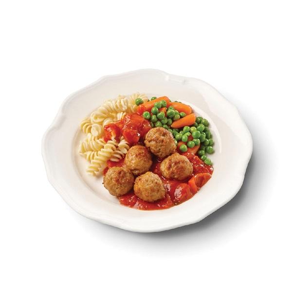 Culivers (13) kalfsgehaktballetjes in paprikasaus met doperwtjes, worteltjes en fusilli voorkant