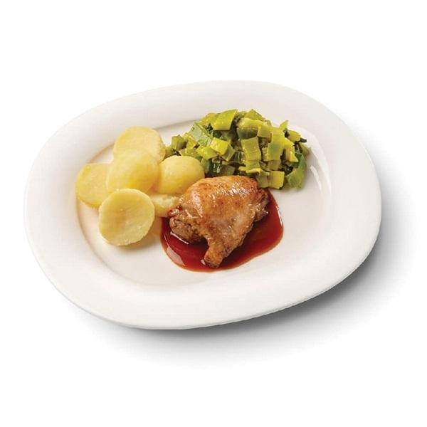 Culivers (34) kippendijrolletje met kippenjus, gestoofde prei en gekookte aardappelen voorkant