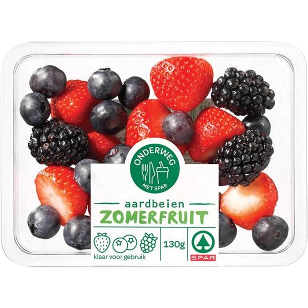 Spar aardbeien, frambozen en blauwe bessen voorkant