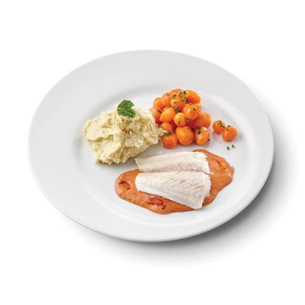 Culivers (55) pangafilet in provencaalse saus, parijse worteltjes en aardappelpuree voorkant