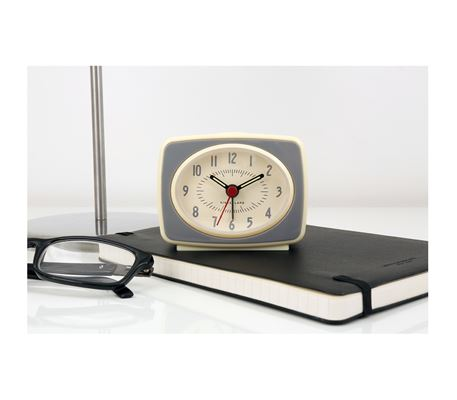 kikkerland retro alarm clock instructions
